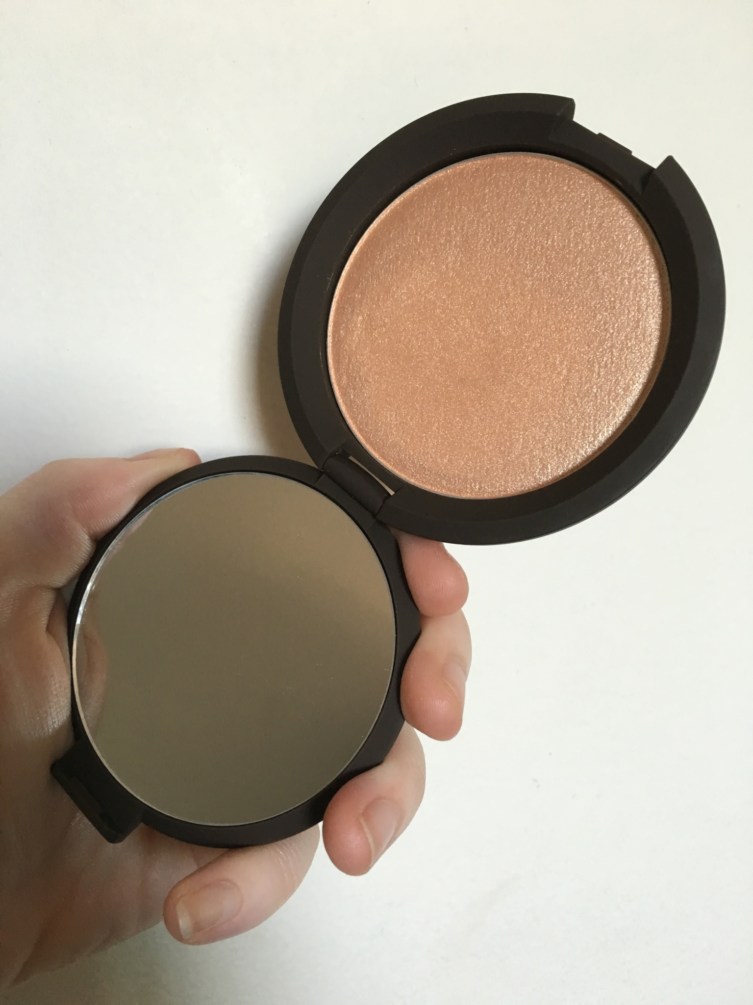 Review: Becca x Jaclyn Hill Shimmering Skin Perfector in Champagne Pop